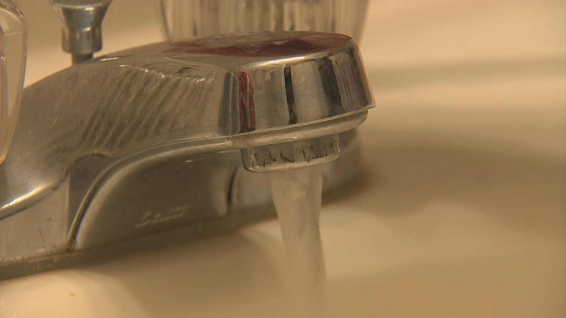 why city of houston is telling people not to run their water during freeze