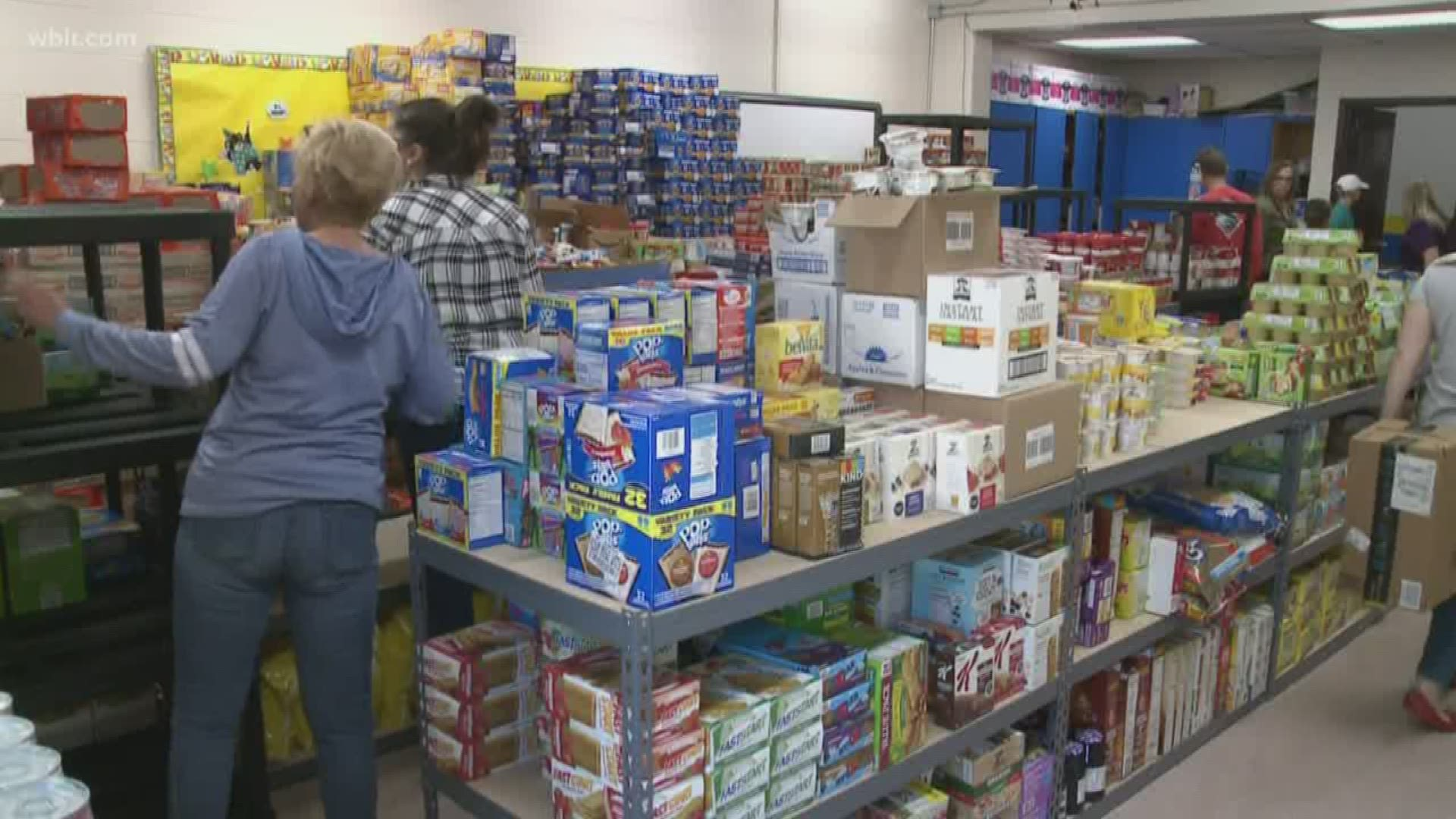 J Lo And A Rod Donate 365 Days Worth Of Food To Jacksboro