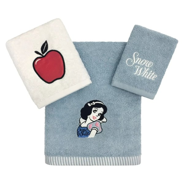Disney Bathroom  Bed   Bath   Kohl s Disney s Snow White 3 piece Bath Towel Set