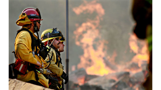 Tennessee bill would let firefighters, EMTs carry guns on duty