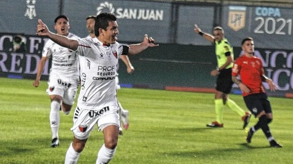 Colón le gana a Independiente y se mete en la final