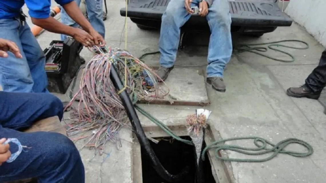 Barrios enteros de la región se quedaron sin teléfono ni internet por el robo de cables