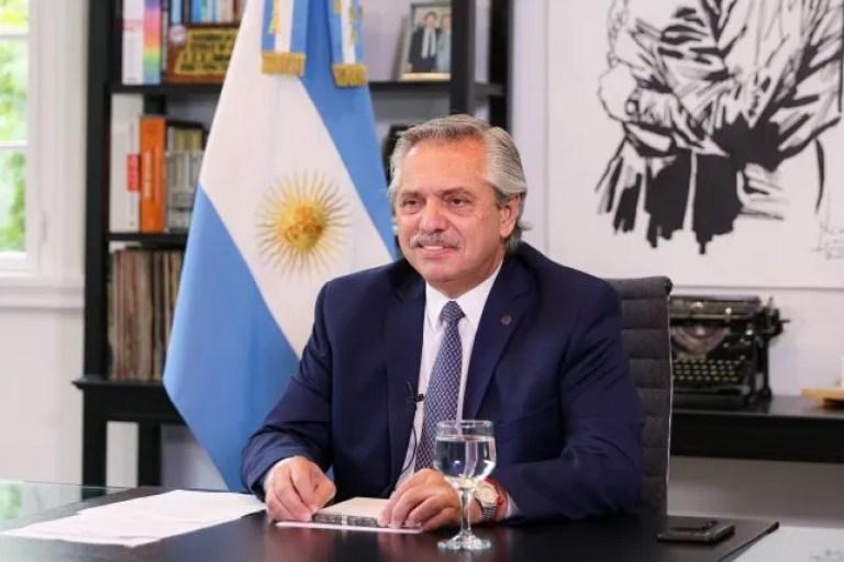 Alberto Fernández celebró el regreso fútbol a la TV Pública: Es mucho más que un negocio. Es pasión