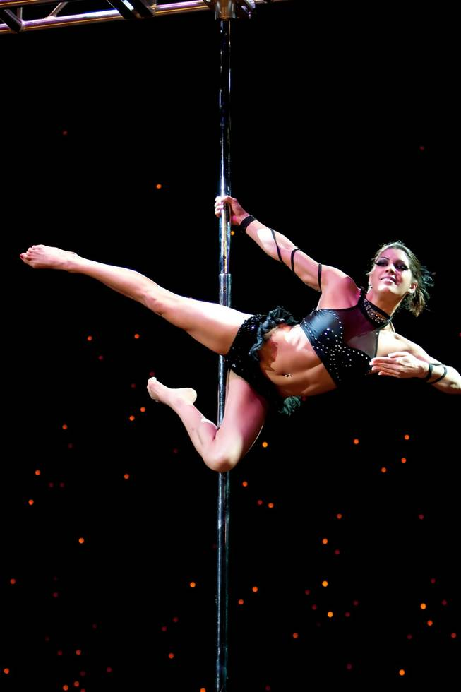 Four pole dancing moves that will make you look like a pro ...