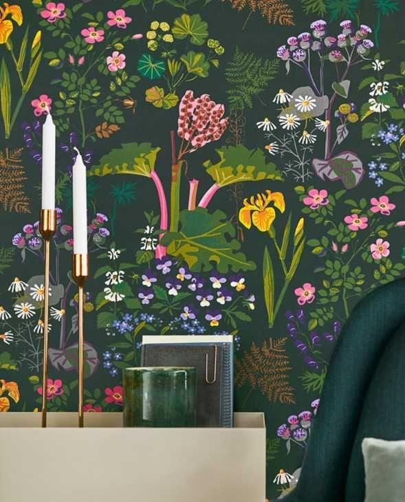 I motivi orientali e i fiori giapponesi sono elementi decorativi che evocano sensazioni di calma e libertà. Carta Da Parati Stile Botanico