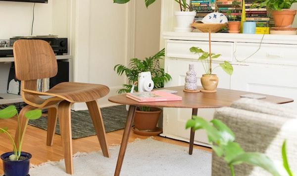 Per arredare con stile sia gli spazi interni che quelli esterni, ecco le sedie in legno di design: Sedie Di Design Piu Famose Del Mondo