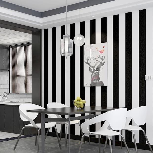 Infatti, vestire le pareti a righe è un modo creativo e moderno per. Striped Wallpaper