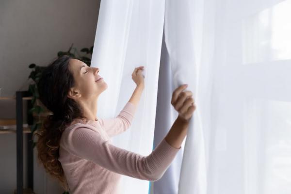 Pulire le tende da sole deve essere considerata come un'attività accessoria. Come Sbiancare Le Tende