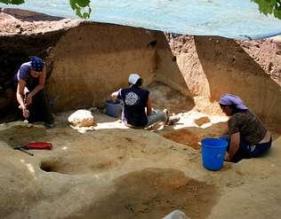Localizan restos de tres etapas del Paleolítico en el yacimiento Arbo