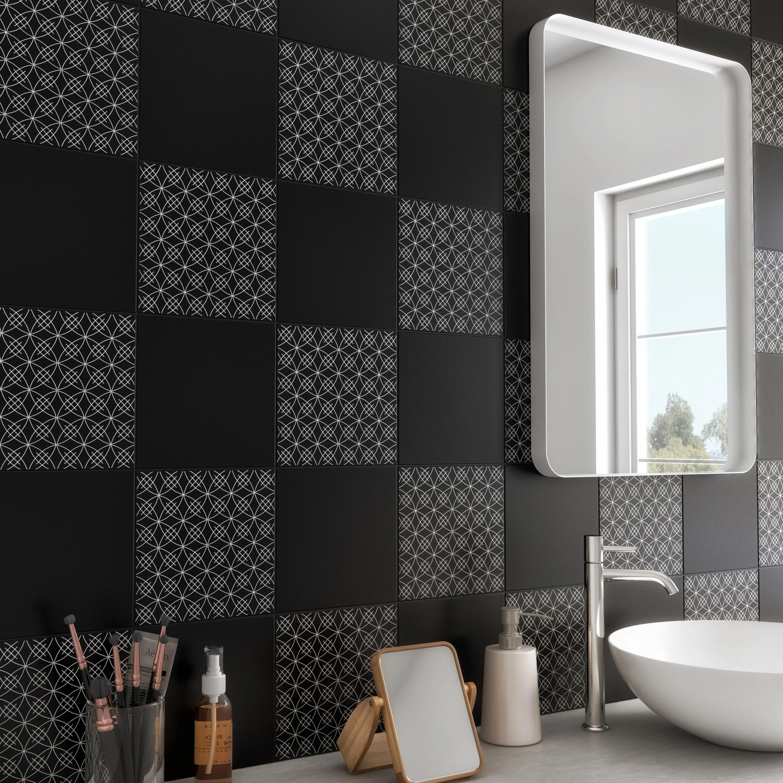 carrelage noir mat chic salle de bain
