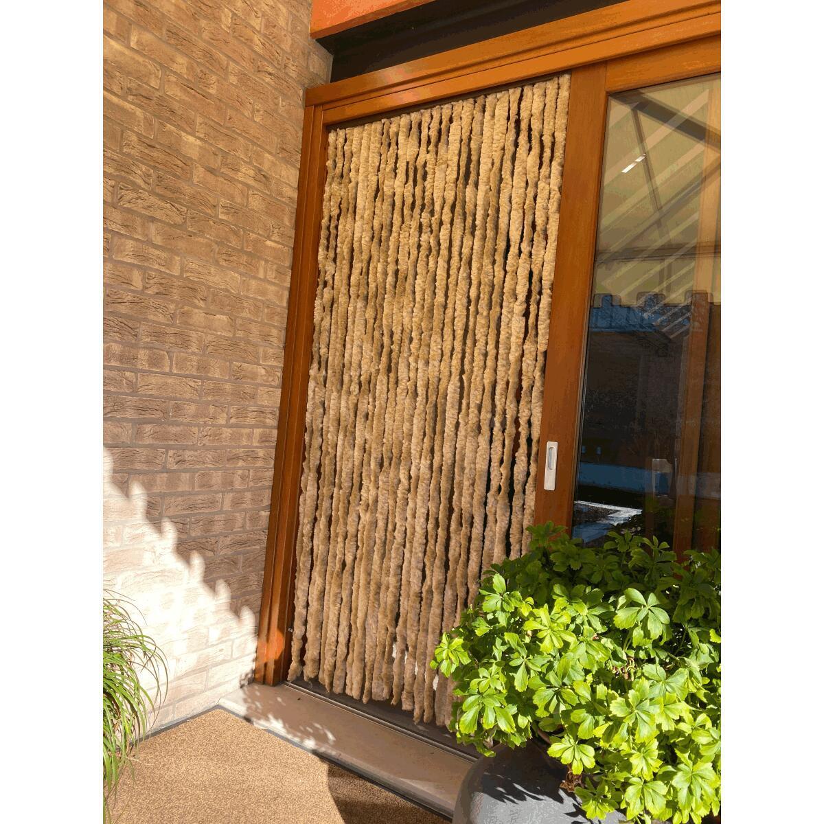 tende da sole per una casa che si amplia all esterno from tende a rullo per esterni leroy merlin , source:www.cosedicasa.com. Tenda Per Porta Softy Beige 120x230 Cm Leroy Merlin