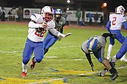 Treyvon Easterling 5-10 220 RB Madras