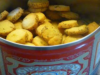 Trippelbak: Parmesankex, Kladdkaksmuffins och Runekakor