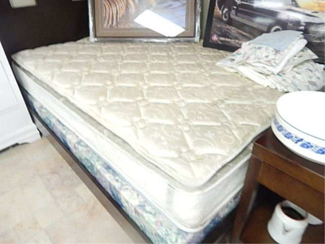 Image 1 Used Queen Mattress