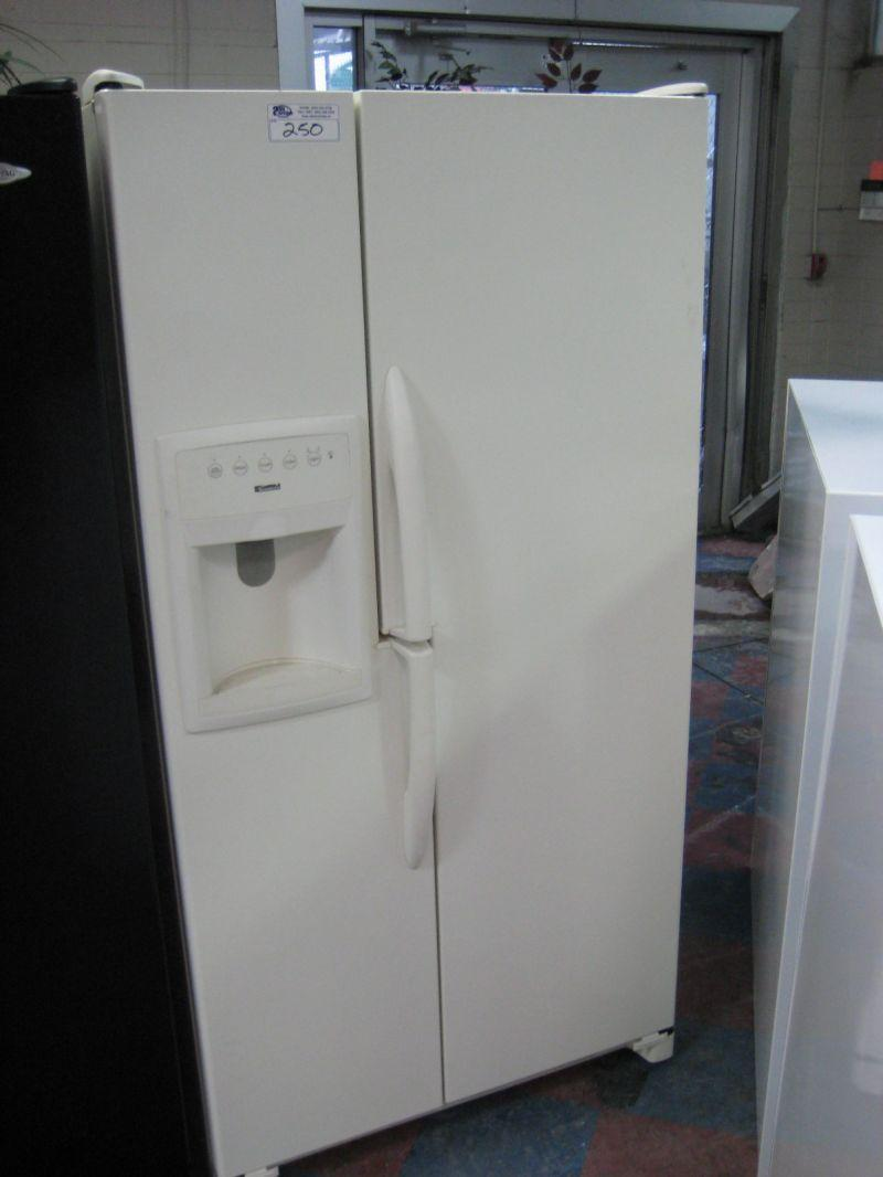 Kenmore Double Door Fridge Freezer With Ice