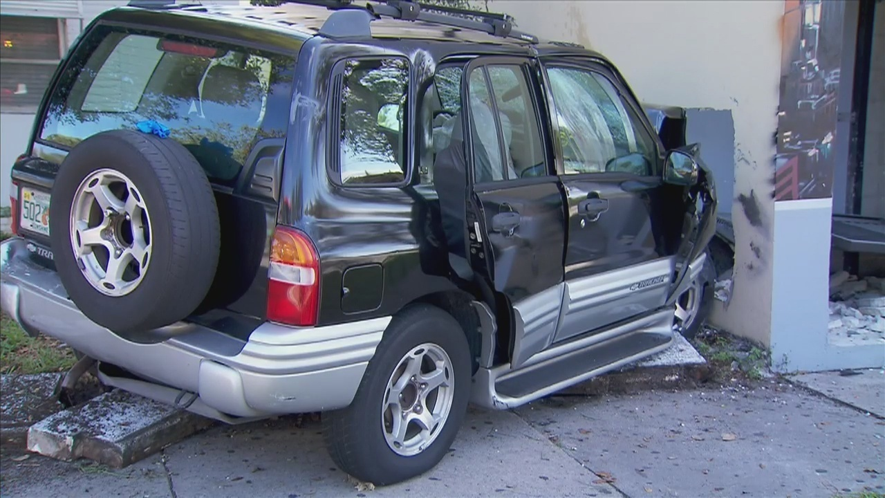 SUV Crashes Into Decades In Fort Lauderdale