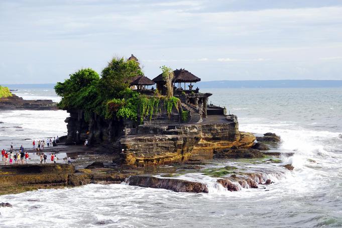 Pura Tanah Lot temple.