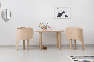 table enfant elephant 55 cm x 75 cm eo