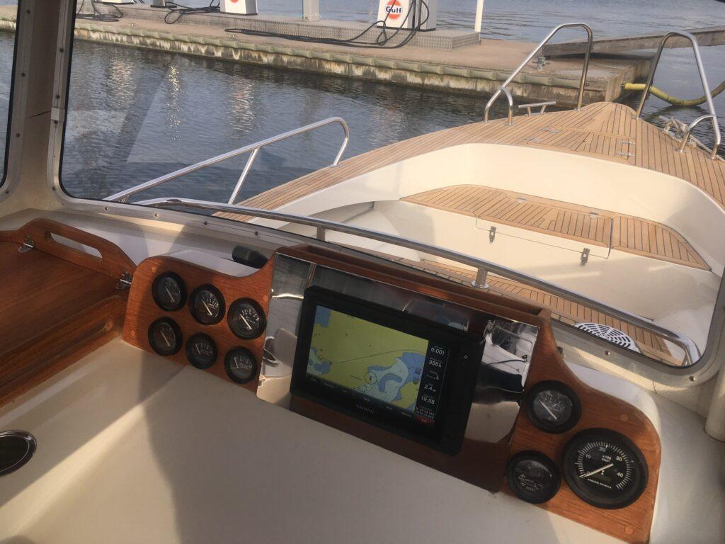Trävård på båt – Marstrand Varv