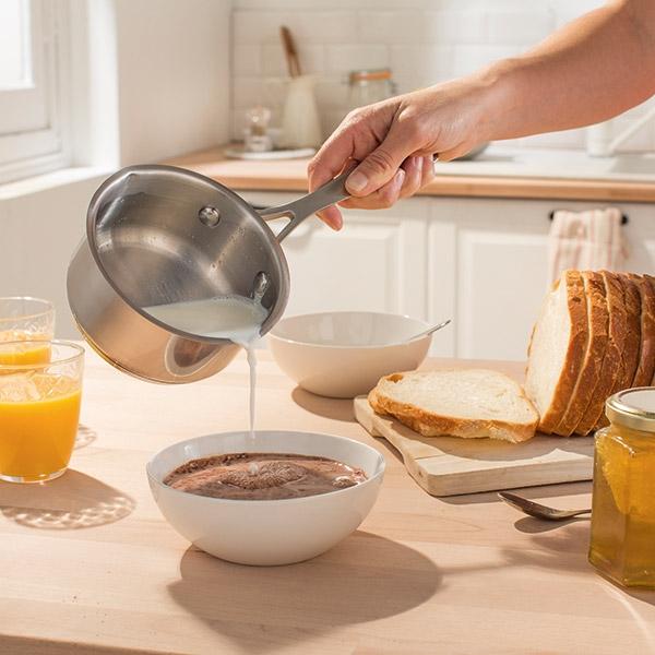 petite casserole inox 2 becs verseurs 12 cm