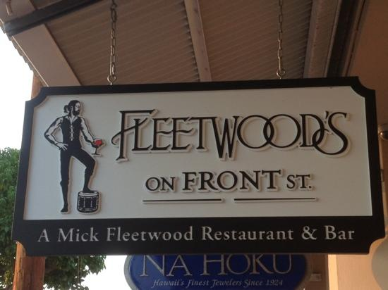 Fleetwood On Front St. sign