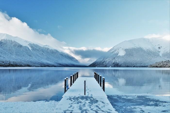 vinterlandskap vid nelson lakes.