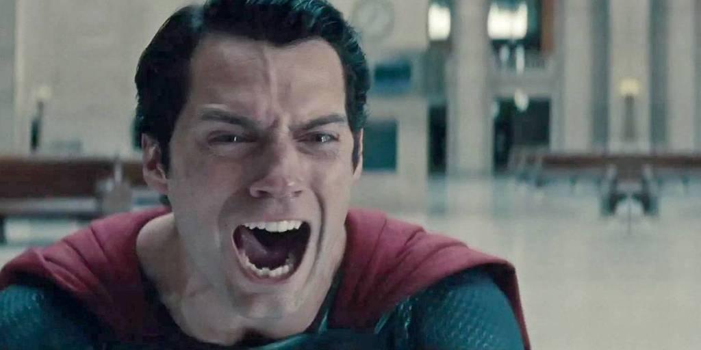 Crisis: Henry Cavill sale del Universo DC y ya no será Superman