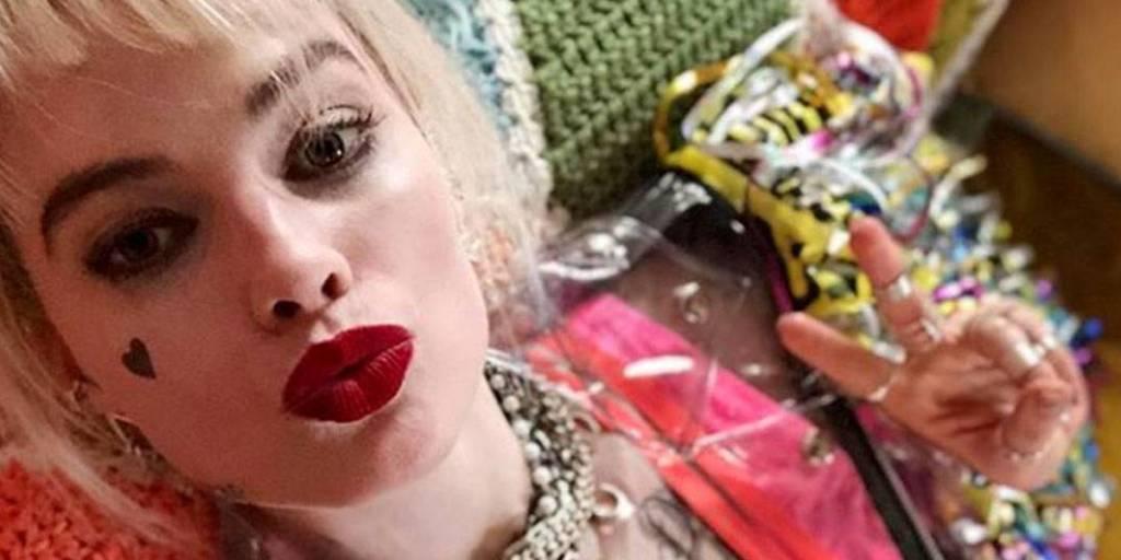 Qué retro: así luce Margot Robbie como Harley Quinn en Birds Of Prey