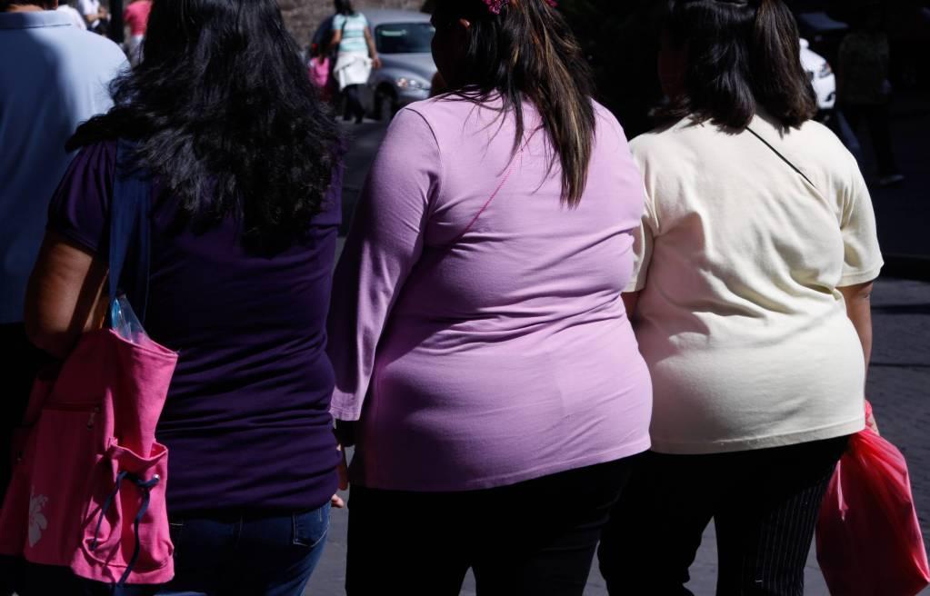 Coronavirus: nuevas investigaciones señalan que personas con sobrepeso son más propensas al COVID-19