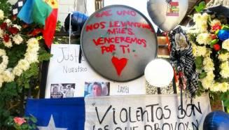 Homenajes a Mauricio Fredes en Pje. Santa Elvira