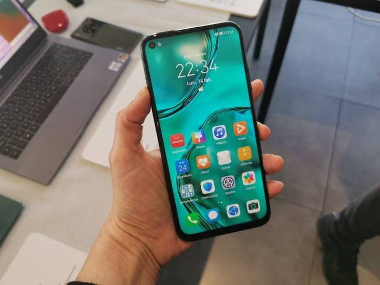 Huawei deja ver en unas primeras impresiones al nuevo P40 Lite