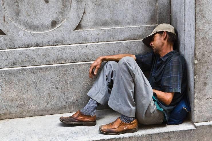 Coronavirus: Los vagabundos están en cuarentena en la calle