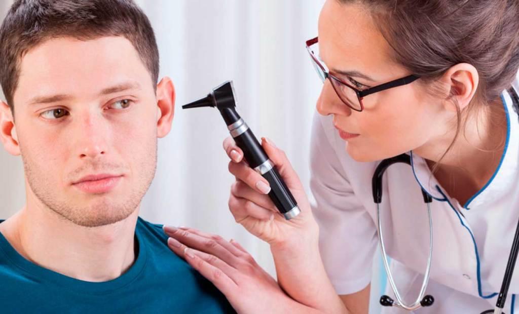 El COVID-19 también puede afectar la audición.