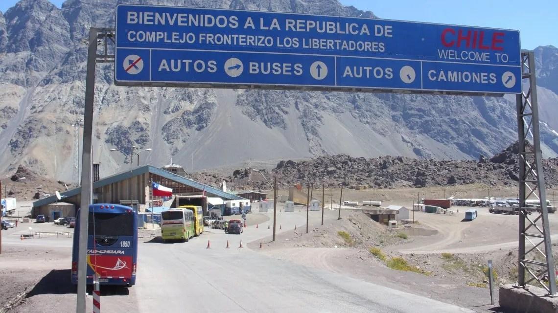 Mendoza: un millón de argentinos se van a Chile para ver al Papa Francisco