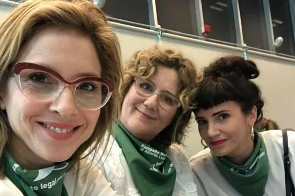 Las tres actrices leyeron una carta abierta a los y las diputadas