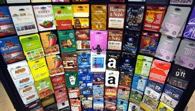 Why Gift Cards Are A Better Present This Holiday Than Last