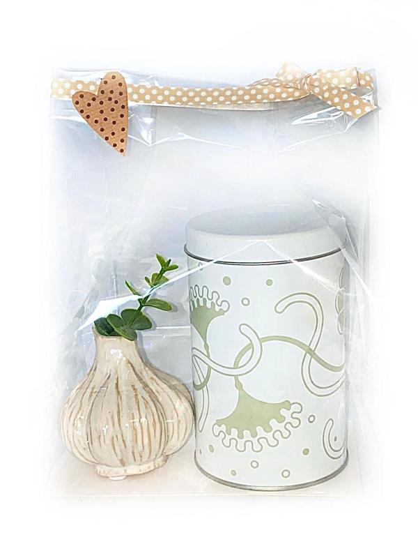 """Presentpåse: """"Boda Nova"""" burk samt vas """"Garlic"""" med eakalyptuskvist"""