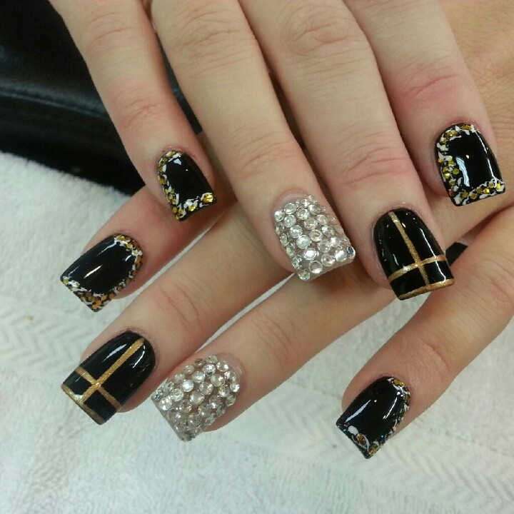 Acrylic Nails Musely