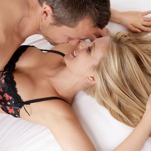 Girl Kissing Breasts Isha Deol Nude Fake