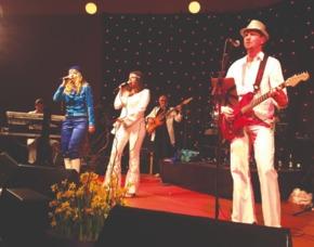 Erlebnisse-Geschenkideen: ABBA Dinner Edesheim
