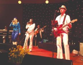 Erlebnisse-Geschenkideen: ABBA Dinner Denzlingen