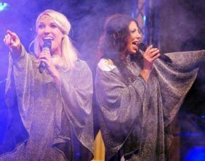Erlebnisse-Geschenkideen: ABBA Dinner Lübeck