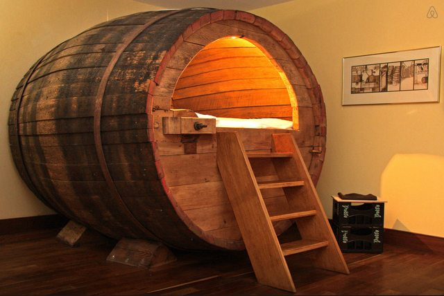 beer-barrel-bed