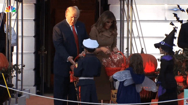 [NATL] Trump Hosts Trick-or-Treaters at the White House