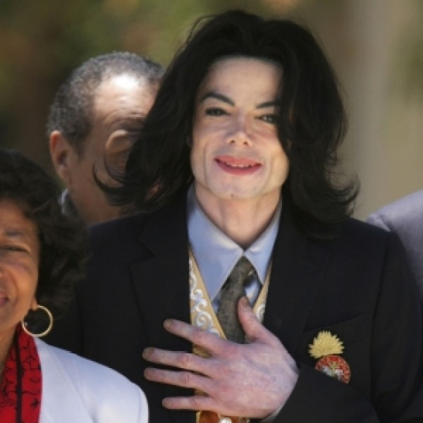 Michael Jackson Claimed Net Worth $236M In 2007 | NBC Bay Area