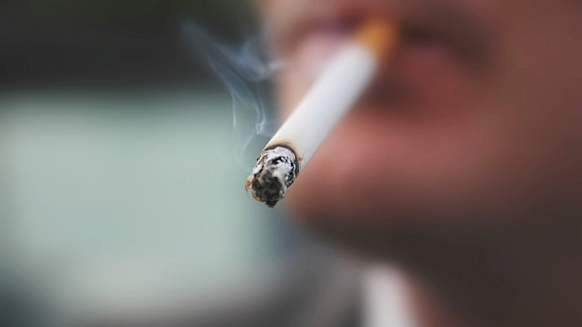 Smokers Now Eligible for COVID Vaccine in Illinois Under Phase 1B Plus - NBC Chicago