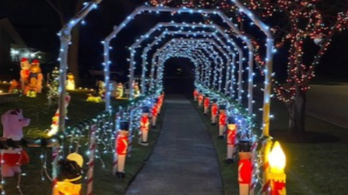Holiday Displays in Schaumburg May Look Different This Year