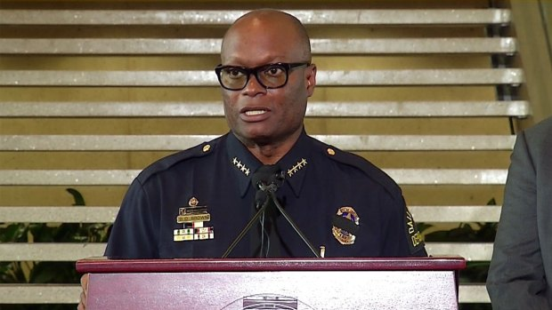 [DFW] Dallas Police Chief, Mayor 7:30 A.M. Update (Raw Video)