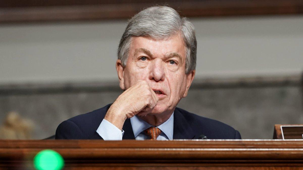 Republican Sen. Roy Blunt of Missouri Won't Seek Reelection in 2022 1