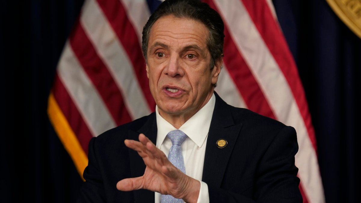 New York AG Asked to Investigate Cuomo's Use of Aides on Book 1